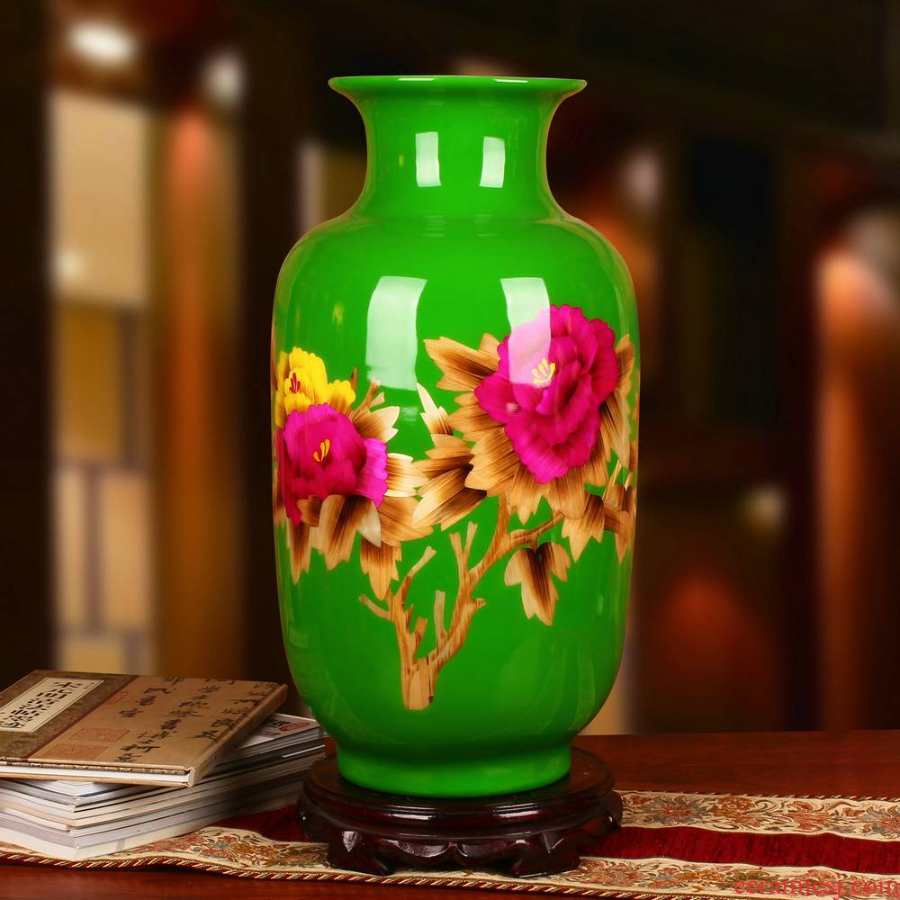 Jingdezhen ceramics green straw peony flowers prosperous vase opening gifts home decoration decoration furnishing articles