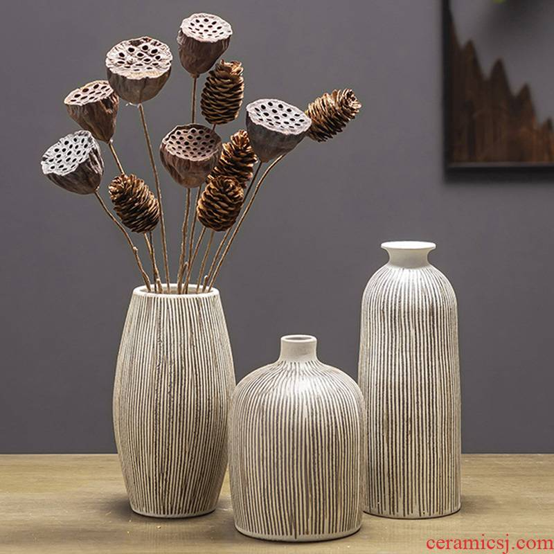 Hand by Hand do old vertical stripes ceramic floret bottle furnishing articles retro nostalgia of dry flowers inserted vase household act the role ofing is tasted