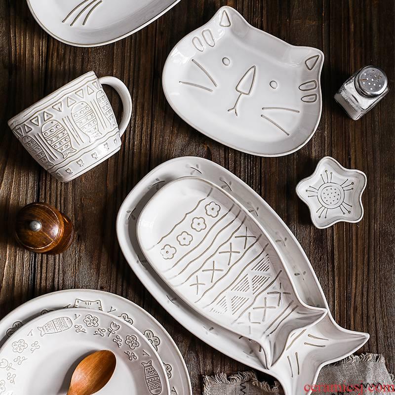Japanese cartoon both white glaze ceramic tableware of creative move cat relief job web celebrity home dish dish fish dish