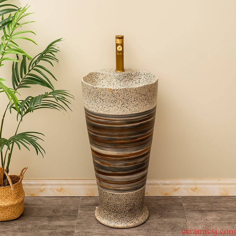 Retro one - piece floor pillar basin is suing garden ceramic lavatory industrial basin of wash one household wind on the balcony