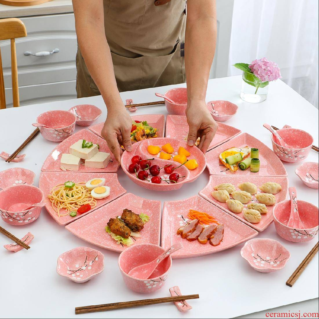 Creative ceramic platter network hot pot round after reunion dinner dishes dishes suit combination bowl dish plate of household
