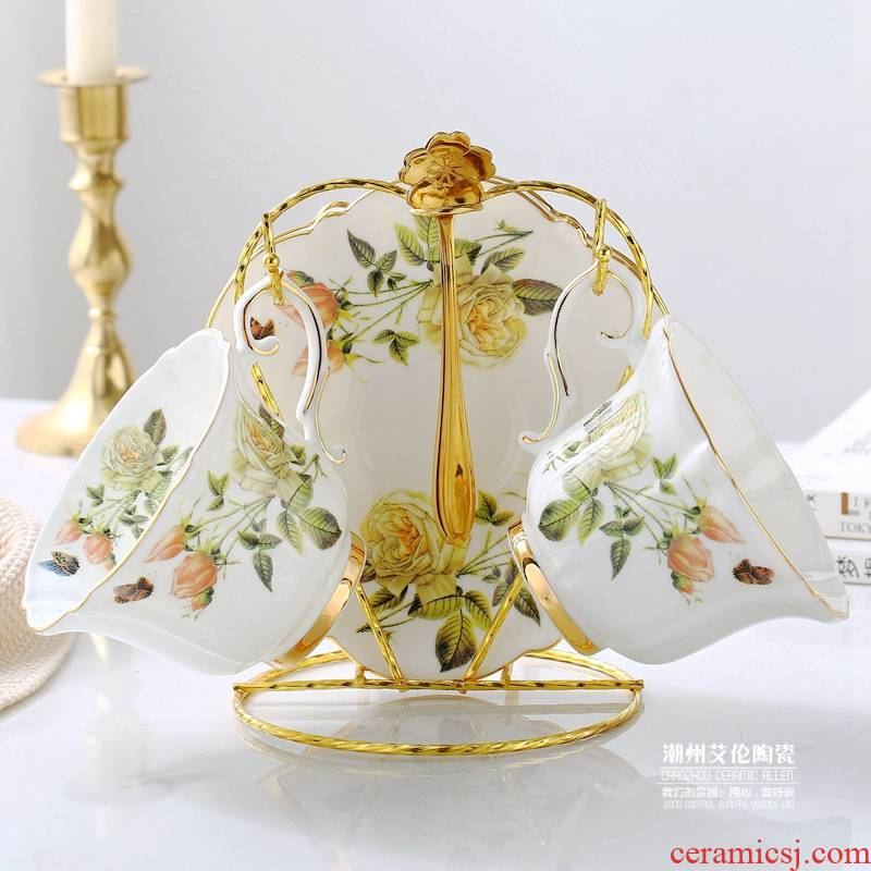 Rural high - grade white rose princess cup ipads porcelain flower cup European coffee cup send English afternoon tea cups and saucers