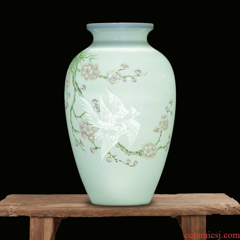Jingdezhen famous checking carving flower vase and exquisite porcelain mesa study ancient frame ceramic furnishing articles