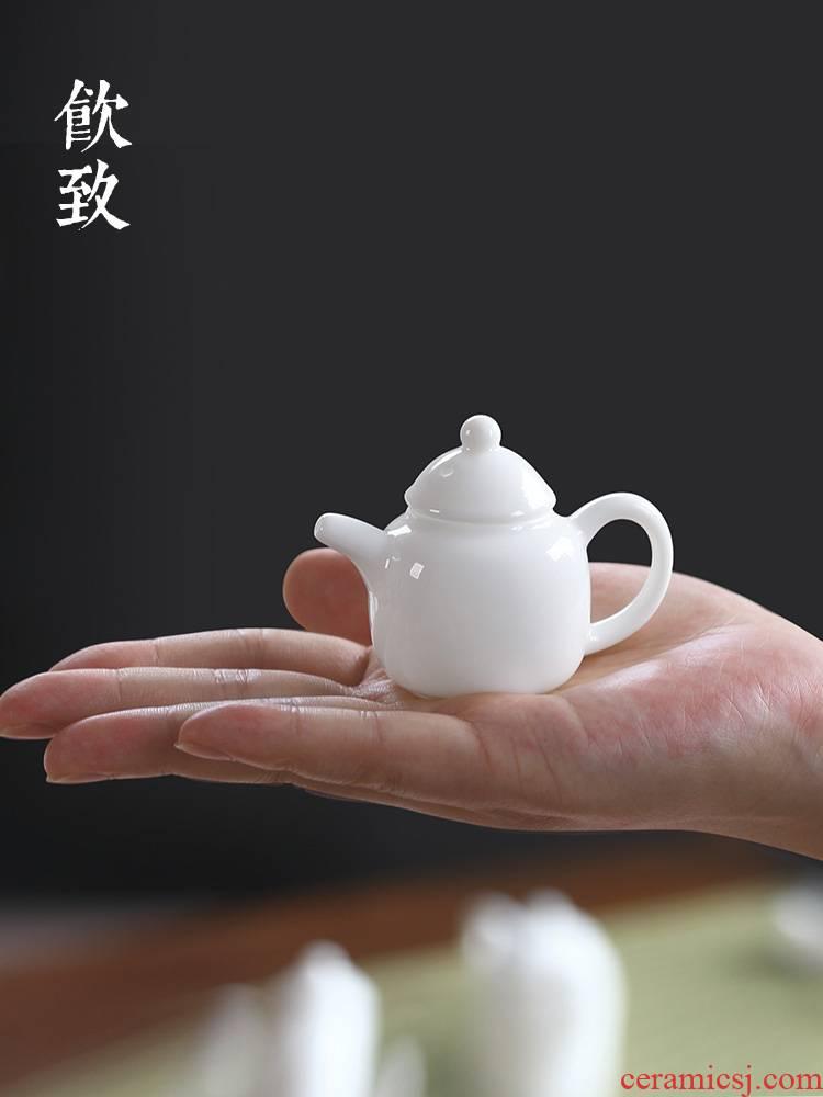 Ultimately responds to pocket mini white porcelain teapot fingertips pot small tea furnishing articles pure manual single pot ceramic not purple