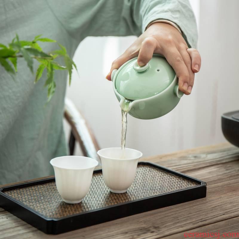 Ceramic celadon hand grasp pot kung fu tea set little teapot with filter teapot red tea tieguanyin tea pot of household