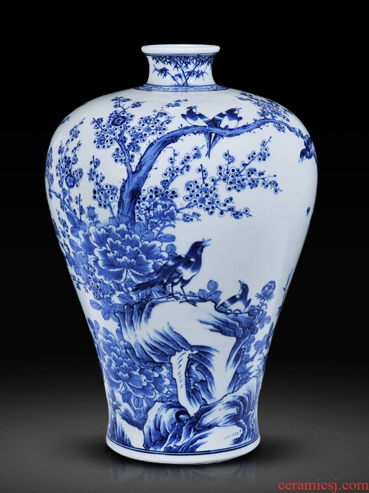 Jingdezhen ceramics high imitation the qing qianlong blue bottle of new Chinese style household TV ark, sitting room adornment is placed