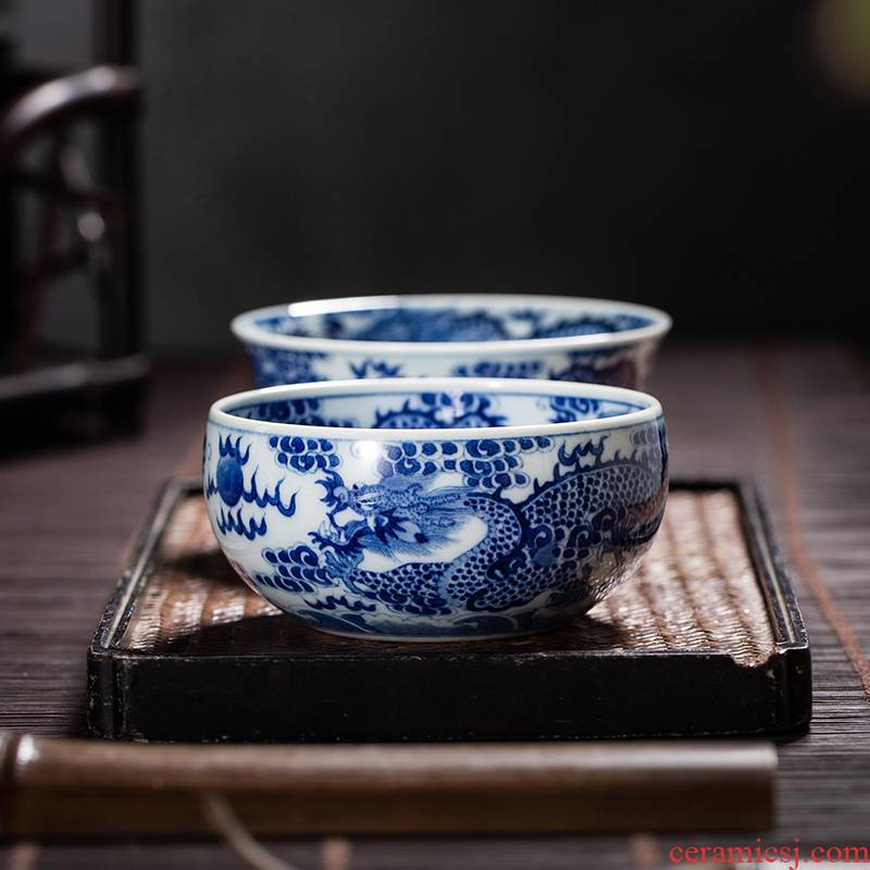 The Owl up jingdezhen maintain manual ceramic blue and white hand painting of wulong tea cup master kung fu tea cup