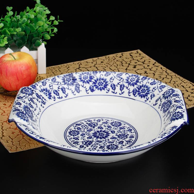 Blue and white porcelain take home the hot soup bowl of the big yards boiled fish pickled fish basin 's spicy pot of blood in large bowl
