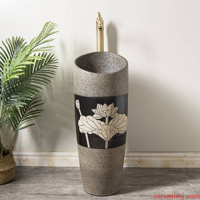 Household small family pillar type lavatory balcony is suing floor toilet lavabo, ceramic basin 4 the post