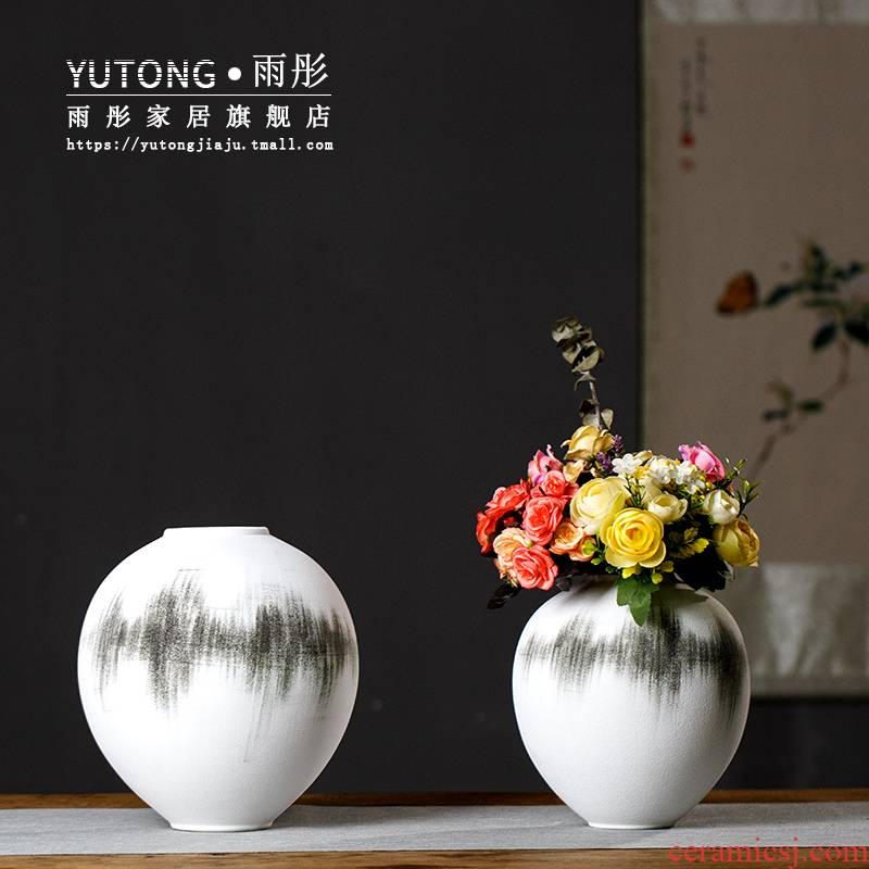 The rain tong jingdezhen ceramic vases, new Chinese style ink spherical ceramic vase sitting room ceramic vases, household act The role ofing is tasted
