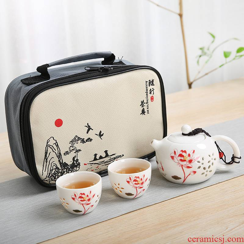 The Crack of a pot of 2 cups of individual cup hand - made porcelain ceramic portable travel office teapot tea tea set