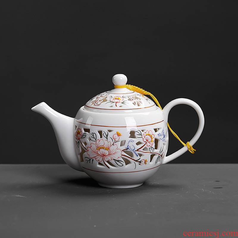 Chinese wind belt filter the teapot lid with retro vintage move ceramic kunfu tea hand grasp pot of blue and white porcelain pot