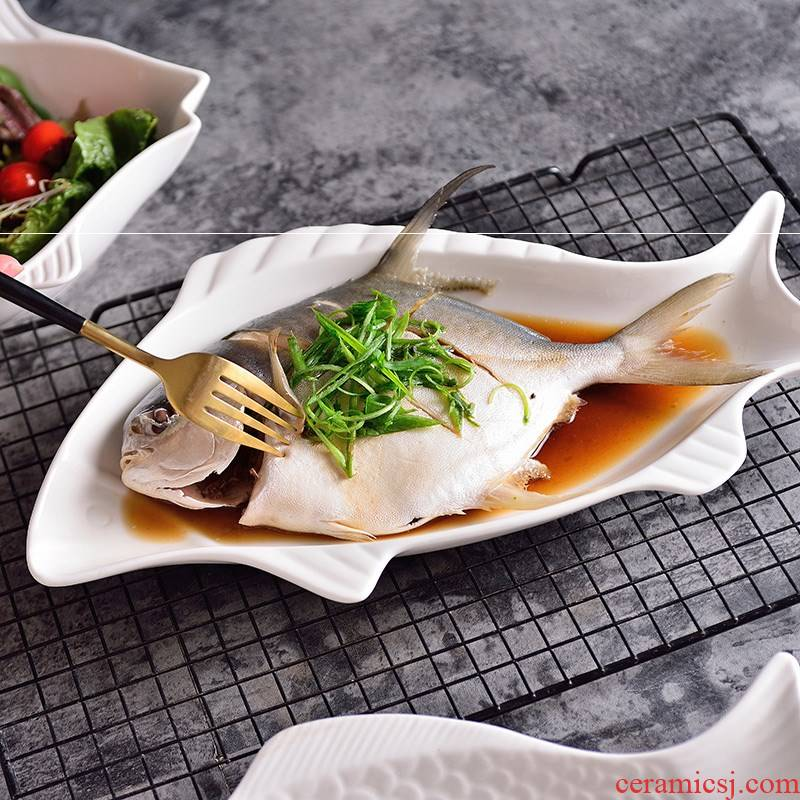 Pure white ceramic steamed fish fish dish dish dish creative dishes web celebrity large food fish plates Pure Nordic network
