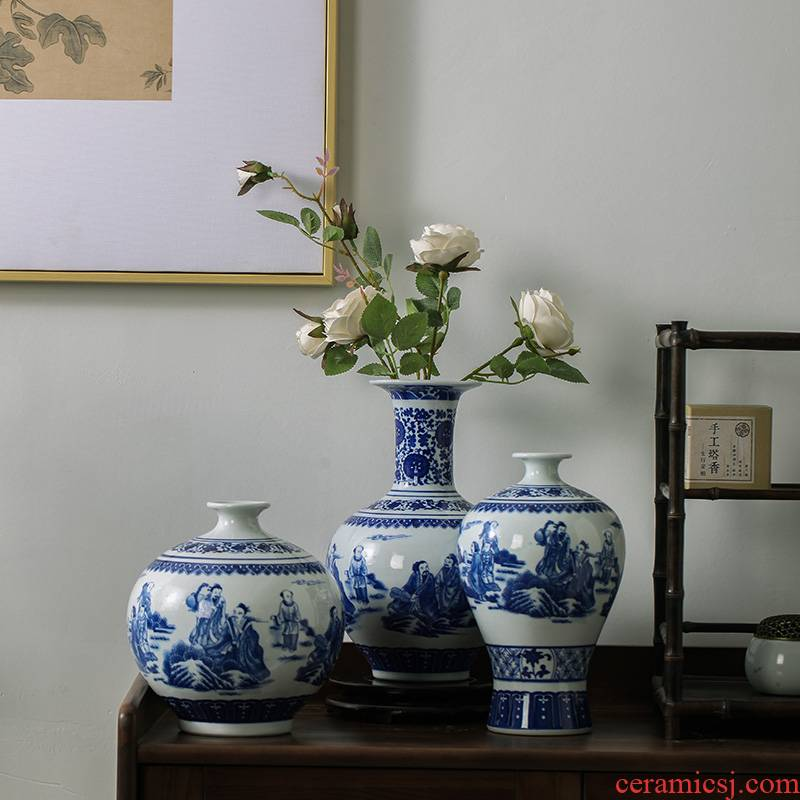 Jingdezhen ceramics modern new Chinese antique blue and white porcelain vases, flower arrangement home sitting room adornment is placed