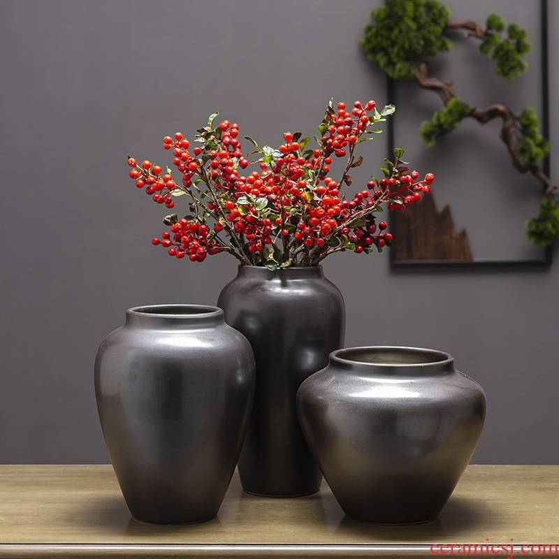 Ceramic coarse pottery retro black pottery vase furnishing articles sitting room of black silver willow landing large Holly dried flowers flower arrangement