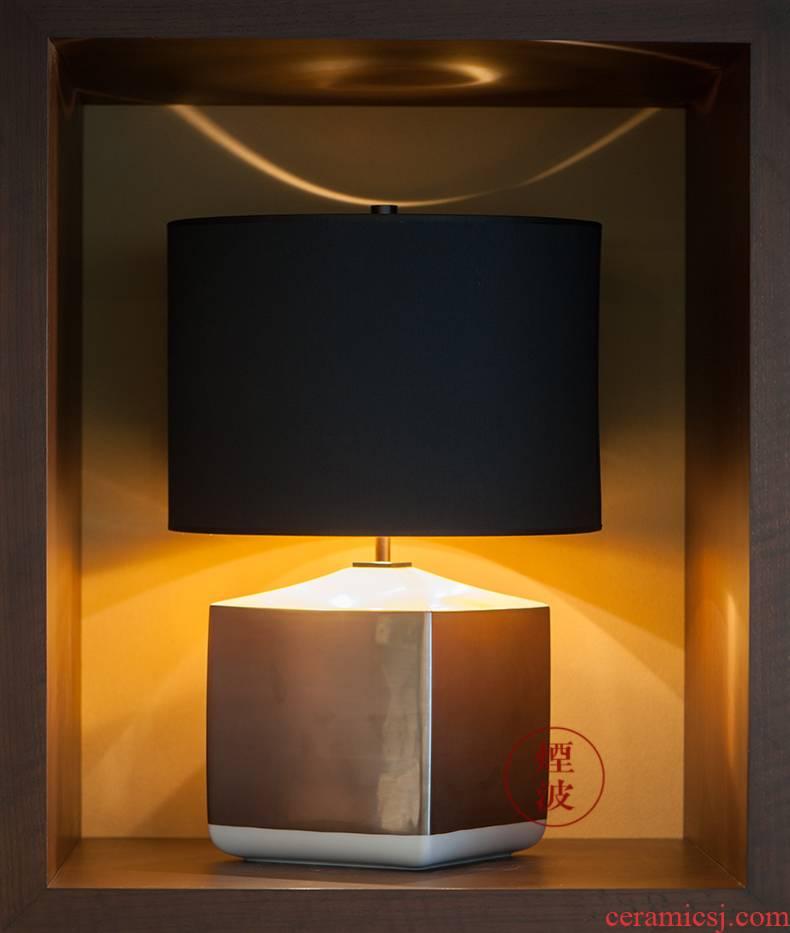 German mason MEISSEN porcelain Cosmopolitan 18 k platinum white desk lamp home furnishing articles