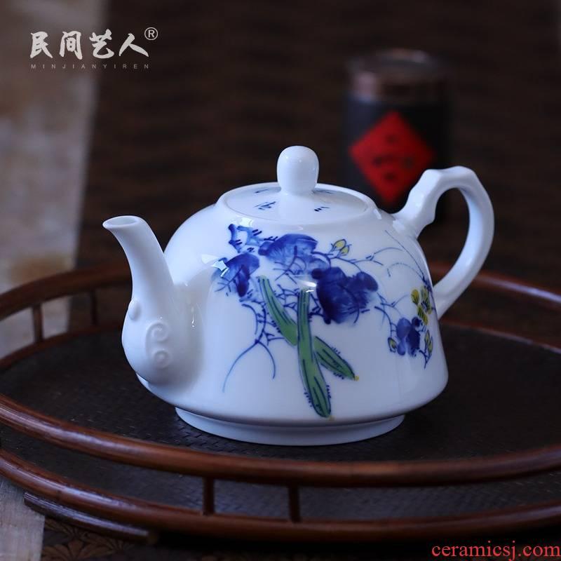 Hand made blue and white rural music teapot manual bound lotus flower teapot jingdezhen blue and white porcelain pot hot pot
