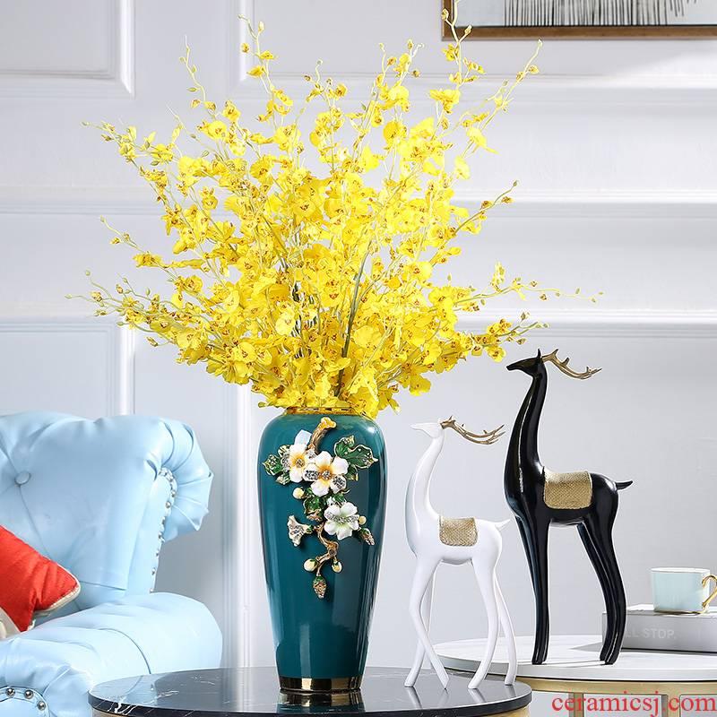 Jingdezhen American light colored enamel key-2 luxury ceramic vase European sitting room porch study home decoration decoration