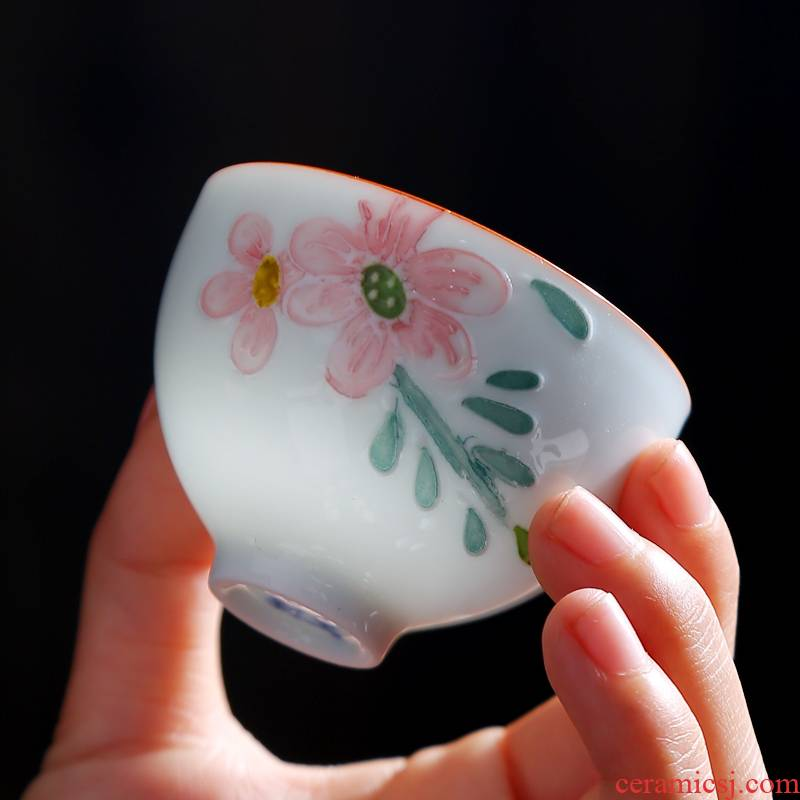 Hand made blue and white porcelain ceramic cups kung fu small single CPU master cup tea sets tea cups to use sample tea cup