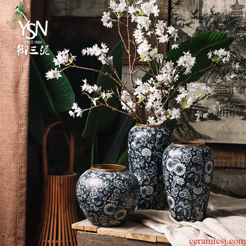 Royal three blue and white mud mesa simulation flower, dried flower arranging flowers adornment furnishing articles ceramic vases, new Chinese style restoring ancient ways is the living room
