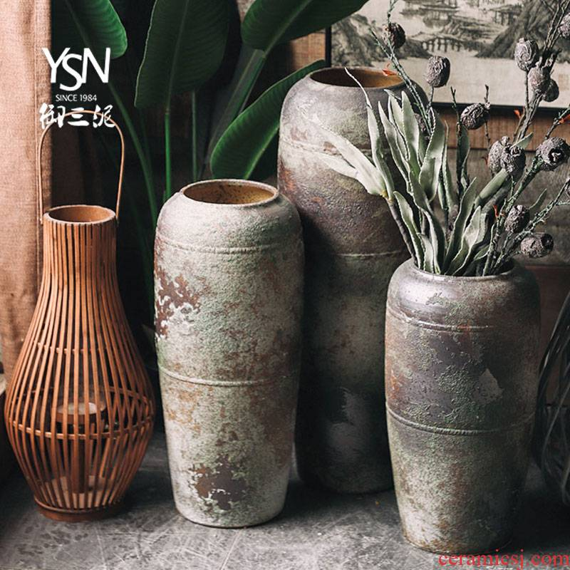 Royal three coarse pottery mud zen restoring ancient ways is the living room a study place clay ceramic vases, flower arranging dried flowers decorate the ground