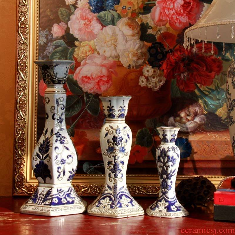 Blue and white porcelain based Chinese style household decorative ceramic candlestick manual carve patterns or designs on woodwork candlestick ceramic candlestick candlelight dinner