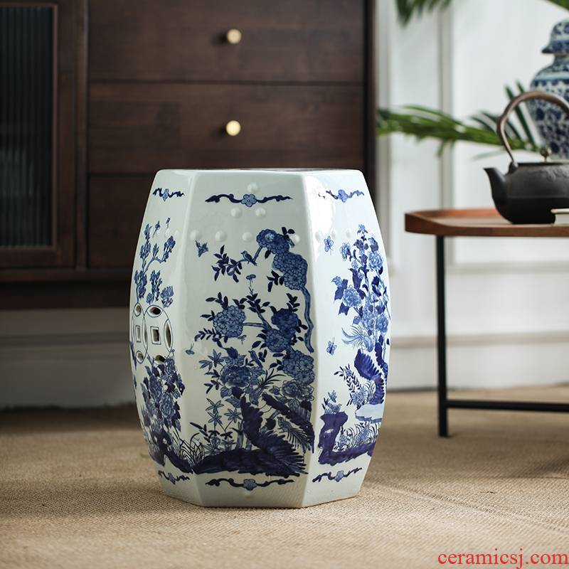 Ceramic drum who blue - and - white porcelain who the new Chinese style classical Ming and the qing dynasties hollow - out archaize who decoration who in shoes who sits who