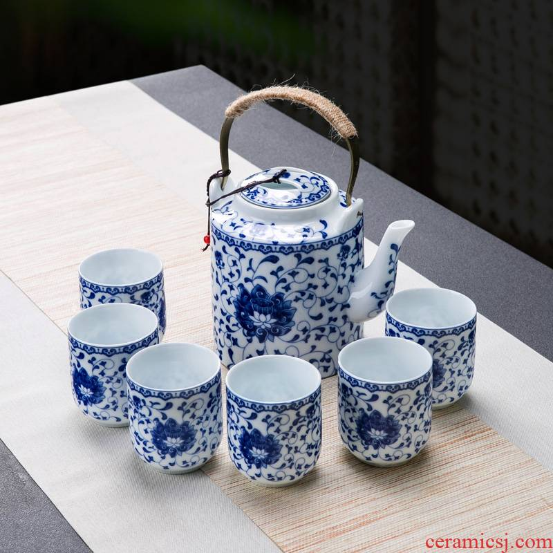 Tea set home sitting room with jingdezhen ceramic cup Chinese style suit Chinese wind cup teapot set