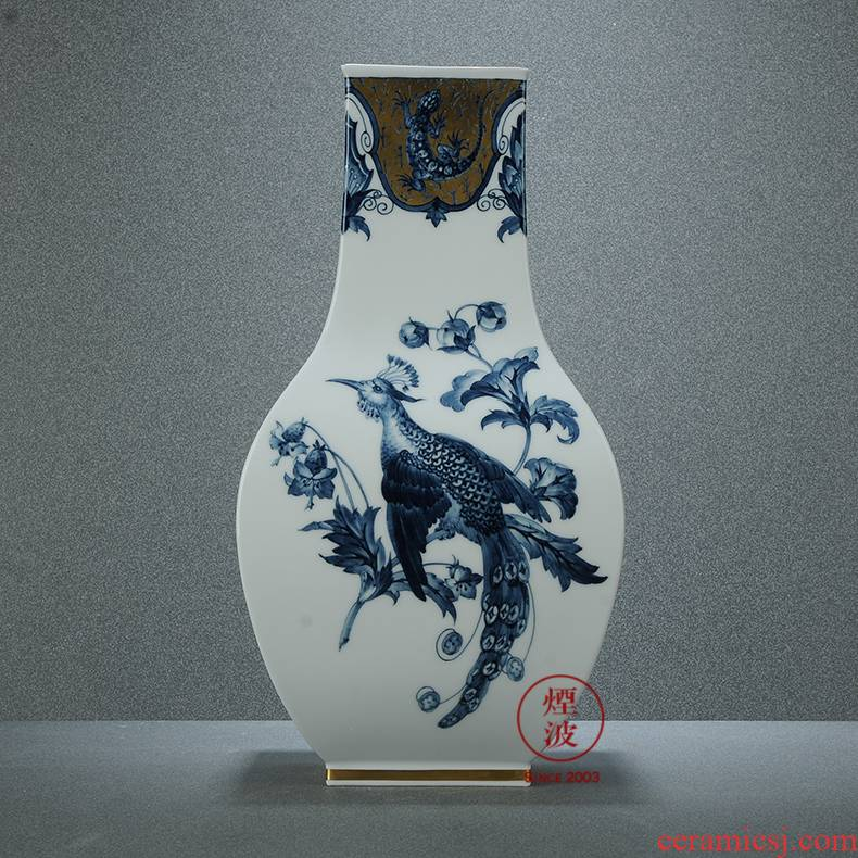 Germany mason MEISSEN porcelain works limited see colour of paradise blue and white vase of flowers