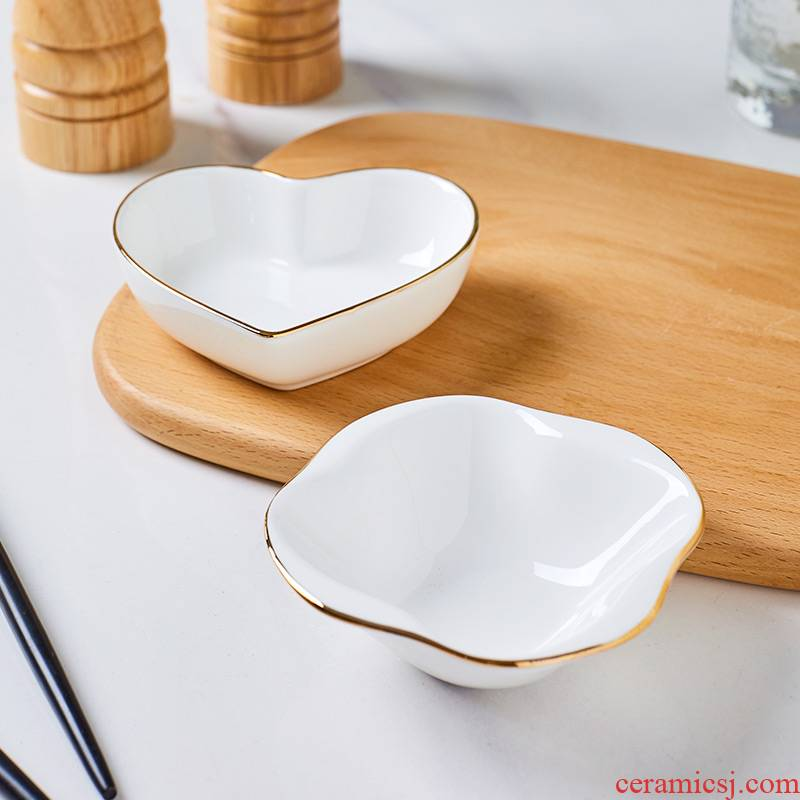 Jingdezhen ceramic small sauce up phnom penh dish creative lovely heart - shaped fruit vinegar dish of soy sauce dish of ceramic tableware home flavor dishes