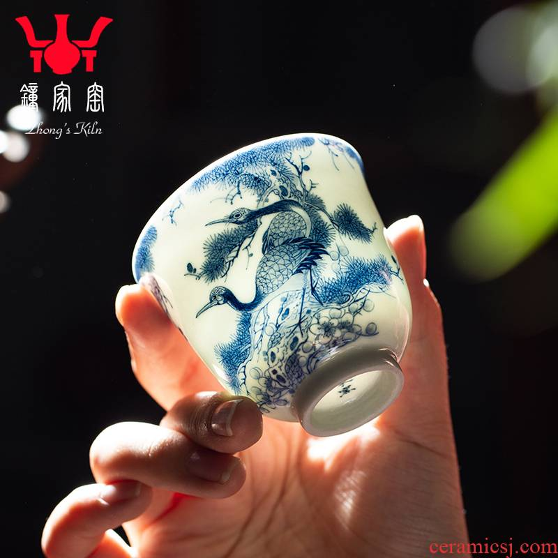 Clock single cup home up jingdezhen blue and white maintain full manual hand - made pine crane, prolong liquor sample tea cup tea cups