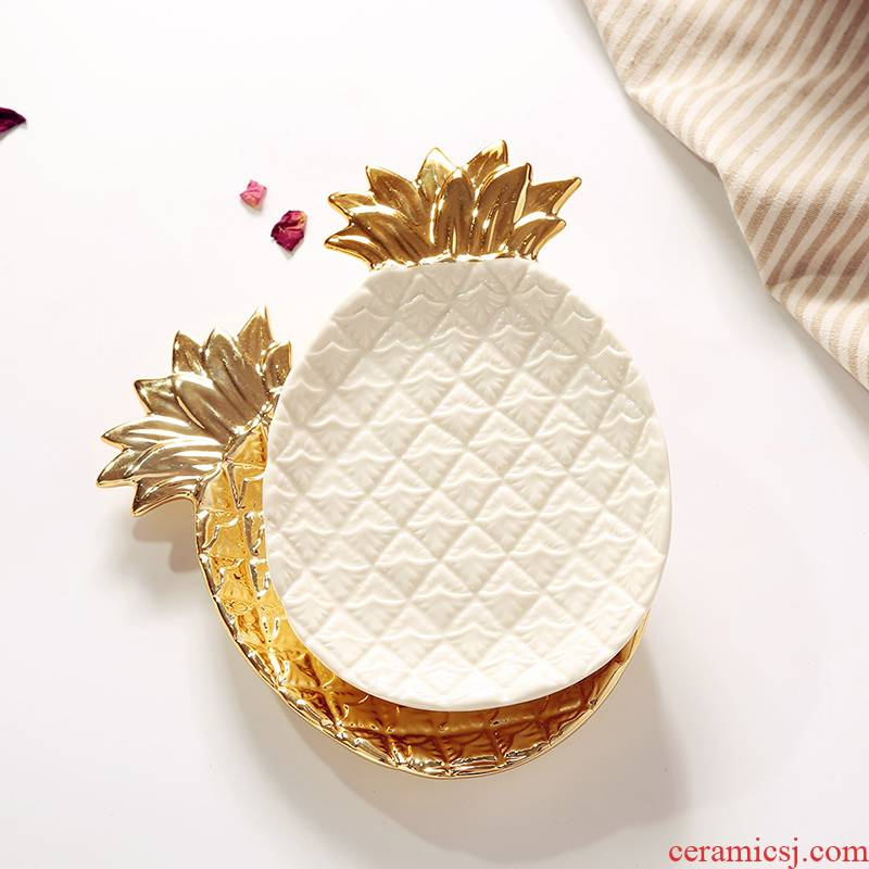 Exports Europe and the United States electroplating golden pineapple ceramic plate receive a plate of fruit tray was Japanese pure color jewelry receive furnishing articles
