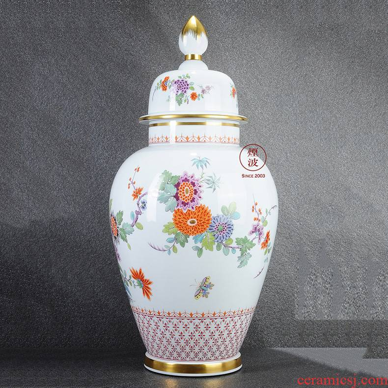 German mason MEISSEN meisen porcelain & other; Oriental decorative painting & throughout; A large vase coloured drawing or pattern the general tank