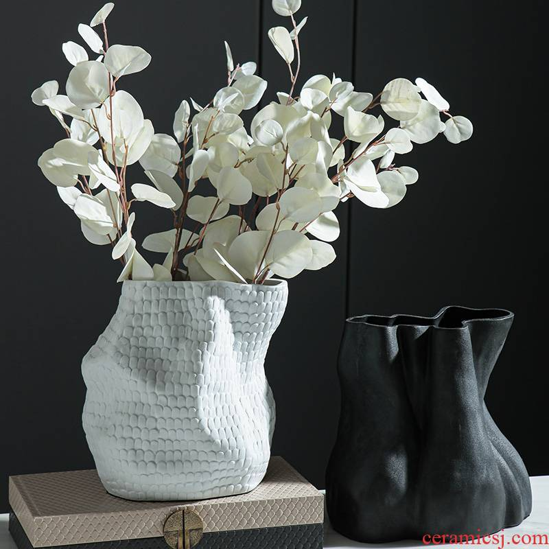 Modern minimalist, black and white ceramic art flower implement furnishing articles example room sitting room tea table desktop adornment collocation