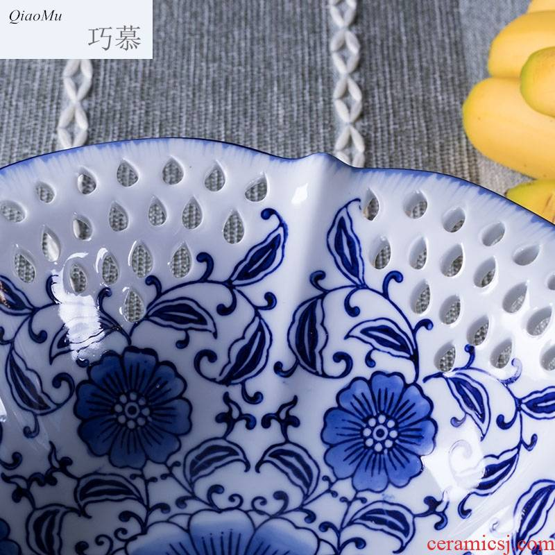 Qiao mu compote creative furnishing articles home sitting room tea table under the glaze color blue and white porcelain hollow out high fruit bowl zero sugar