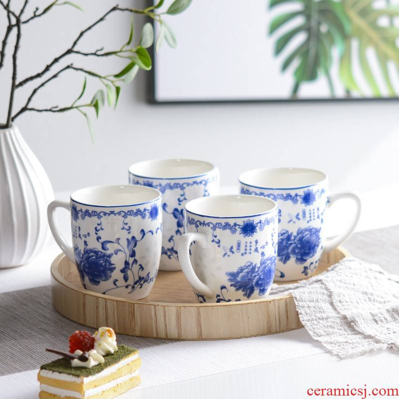 Household ceramic cups hospitality cup suit sitting room tea tea ultimately responds water blue and white porcelain ceramic cup with handle