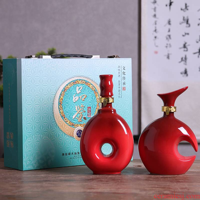 An empty bottle of jingdezhen ceramic gift boxes home 1 catty creative Chinese liquor jar of archaize wind sealed flask