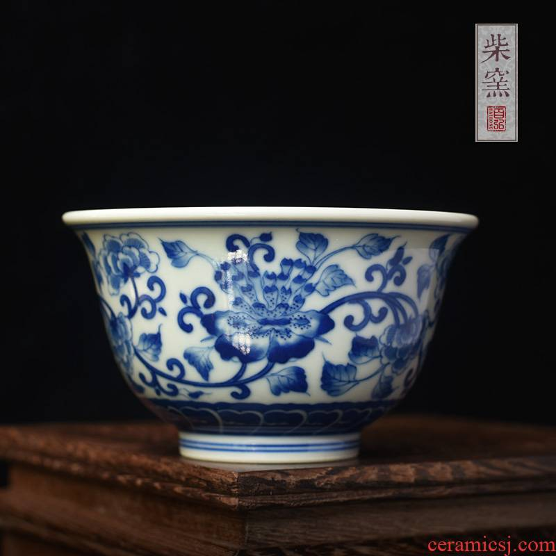 Hundred hong maintain hand cups of jingdezhen blue and white peony bound branch pressure hand - made the master of the blue and white porcelain cup single cup sample tea cup