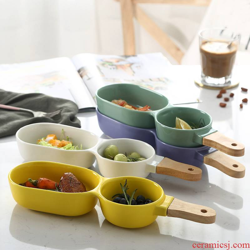 European contracted means to use ceramic bowl the Nordic idea with wooden handle, two lattice tableware bowl of fruit salad bowl bowl for breakfast