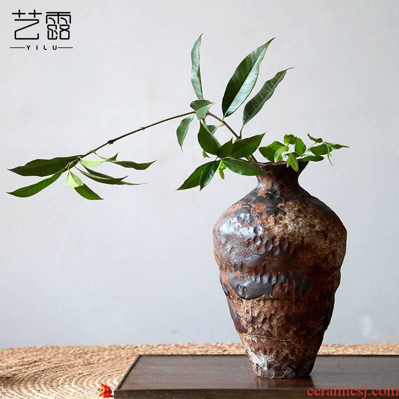 Coarse ceramic vase bearing flower arranging nostalgic manual home stay hotel wabi-sabi zen wind restoring ancient ways furnishing articles Coarse pottery