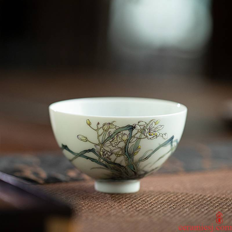Art circles hall made four gentleman orchid small heart cup 80 ml of jingdezhen ceramic kung fu tea cups