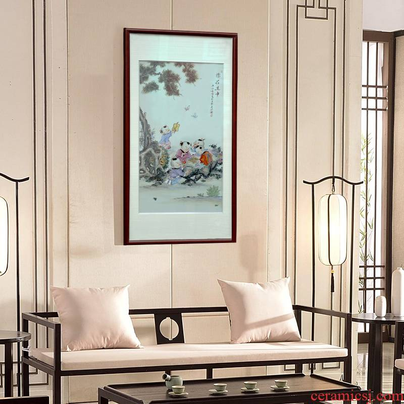 Jingdezhen porcelain plate painting enamel Chinese study solid wooden frame, hang a picture to the sitting room porch ceramic decoration