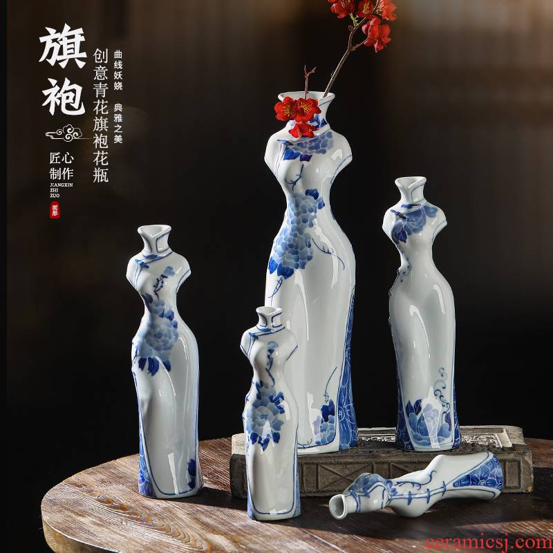 High temperature hydroponic ceramic vase cheongsam of jingdezhen blue and white porcelain vase qipao cheongsam vase classical Ming and the qing dynasty vase