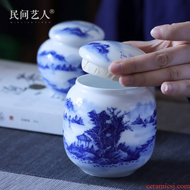 Jingdezhen blue and white landscape hand - made Chinese style restoring ancient ways seal save tea caddy fixings size box of tea