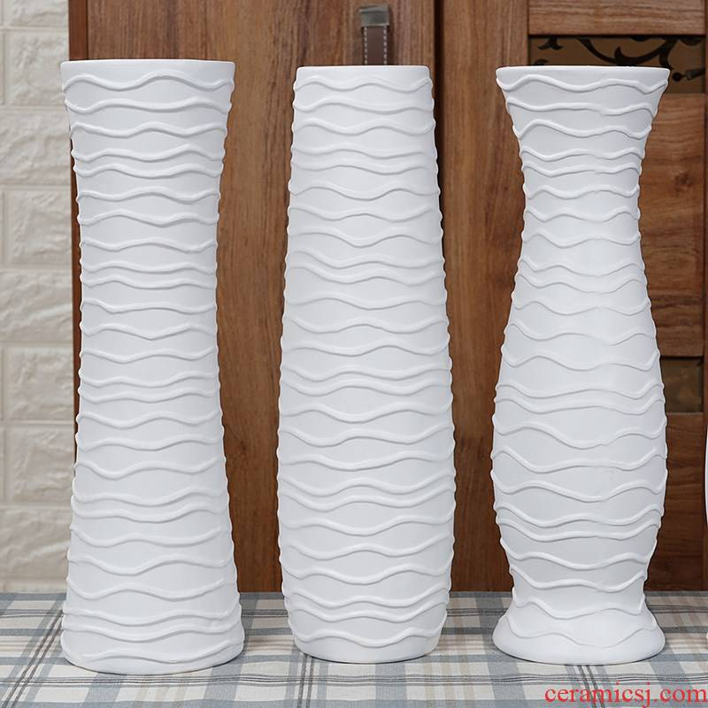 European creative ceramic white flower implement living room table furnishing articles household act the role ofing is tasted I and contracted dry flower floret bottle