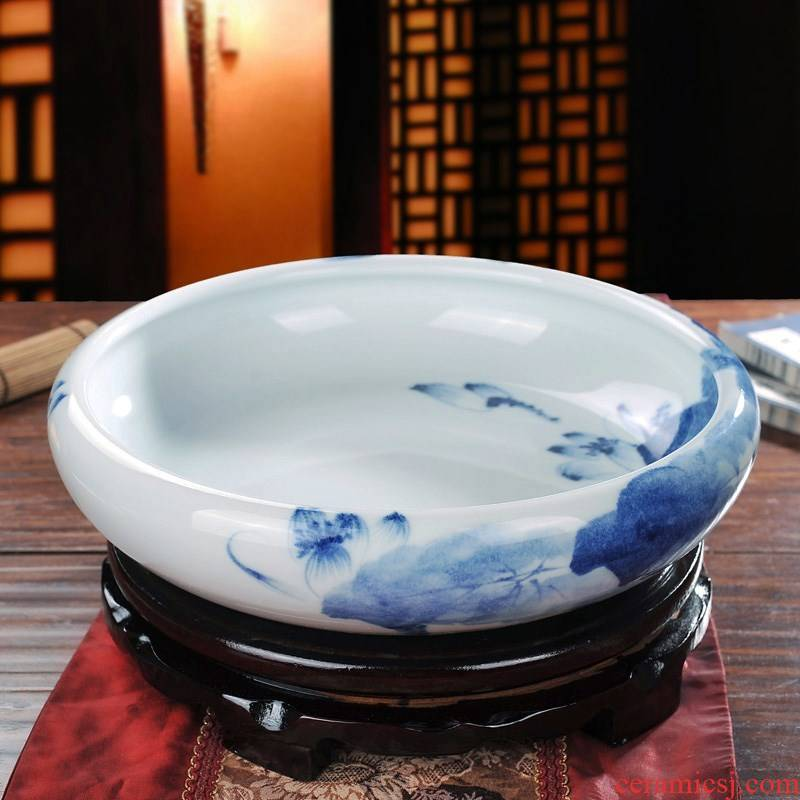 Jingdezhen ceramic refers to hydroponic hand - made fish painting money plant leaf flower pot blue and white porcelain bowls lotus painting.