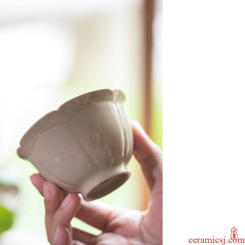 Sprawling up lotus - shaped kwai koubei jingdezhen checking ceramic cups masters cup personal special sample tea cup