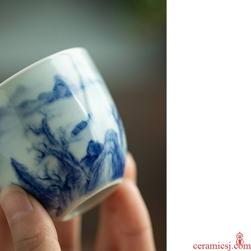 Castle peak day room jingdezhen blue and white painting landscape poems, a cup of kung fu tea cups personal special master cup single CPU