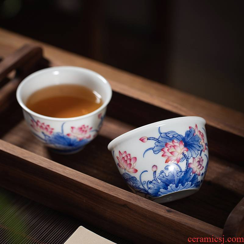 Colored enamel blue and white master cup personal special hand made lotus cup tea ceramic cups large - sized kung fu tea cups