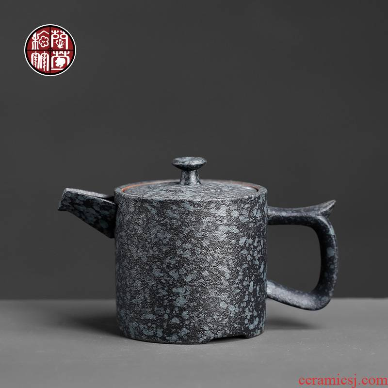 Coarse pottery from the single household of Chinese style restoring ancient ways single teapot ceramic teapot manual single pot small lettering